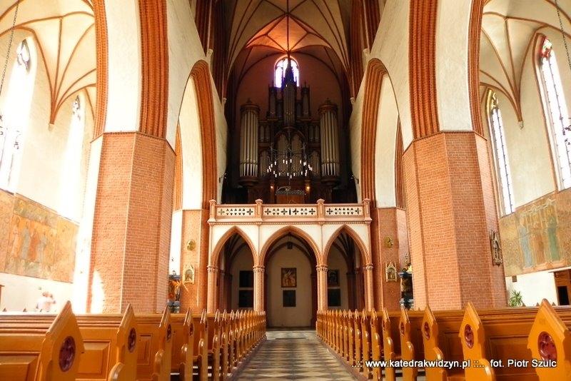 katedra_wew_19
